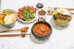 역시 집밥이 최고.. 비빔밥에 김치찌개 ~