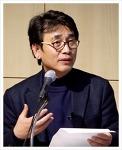 유시민,  JTBC 썰전에 진보 진영을 대표하는 역할로 방송하고 있으며 알쓸신잡에도 출연 중이다.