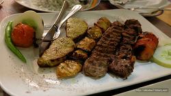"""필리핀 그린힐스에 위치한 페르시안 음식점 """"Arya"""""""