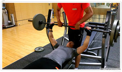 [PT 10일차] 어깨 넓어지는 어깨운동과 반팔티가 잘 어울리는 가슴운동