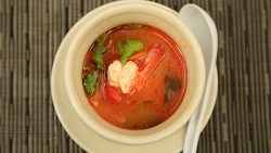 똠양꿍 만들기 / How to make Tom Yum Goong, Tom Yum Kung Recipe