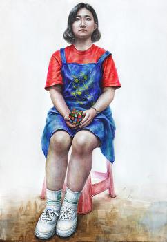 [인물·인체수채화/과정작] 빨강 반팔 티, 반바지, 남색 앞치마를 입고 큐브를 든 여성