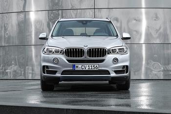 이제는 밀려버린 2018 BMW X5 하이브리드로 반등할까? BMW 친환경차