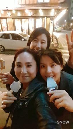 절친 태연,연희와 함께 (2016.11.5)