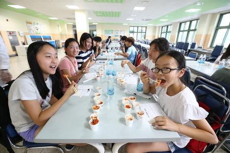 우리 아이들이 먹는 김치 '직접 맛보고 선택해요' by 동네방네 성북구