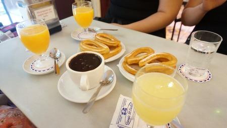 [여행기] 바르셀로나 전통 츄로스 맛집 Granja M Viader