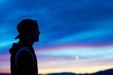 Avicii - Lonely Together 가사 해석 아비치 듣기 뮤비