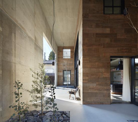 *신축이지만 리노베이션같은 주택 건설-[ Airhouse ] House in Morimachi
