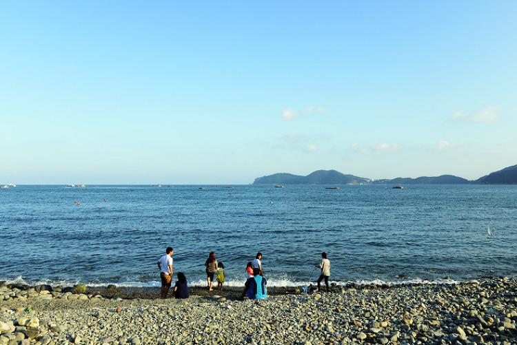 [풍경사진] 거제 8경 중 하나인 학동흑진주몽돌해변 풍경