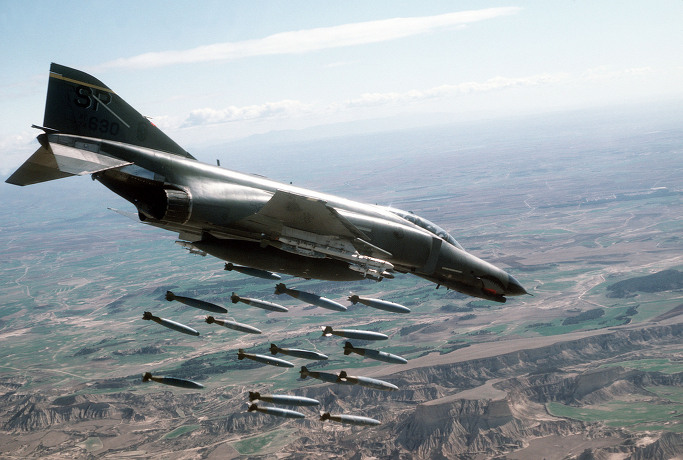 F-4E 팬텀 전투기