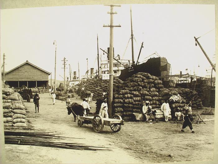 1930년대 영등포역 앞 거리 모습. 경인, 경부선 철도의 영등포역이
