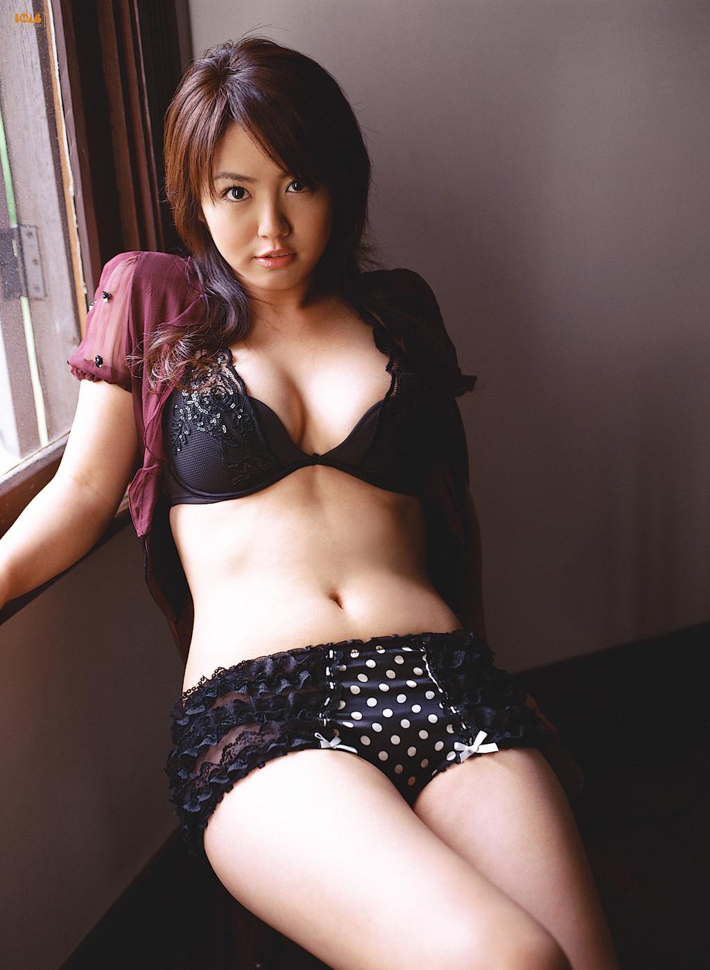 sayaka isoyama nude  [Bomb.tv] 2006.09 Sayaka Isoyama - part2