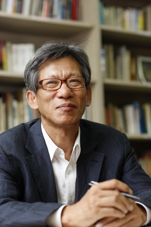유홍준 작가님