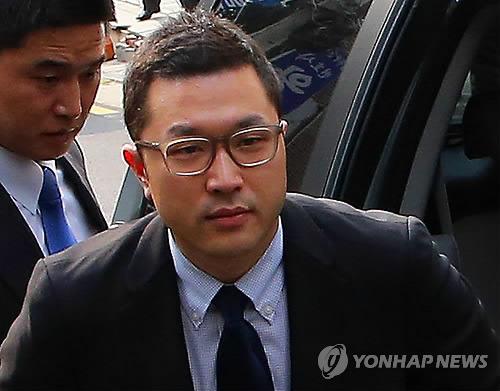 박헌영 '김무성 사위·이명박 아들, 마약 흡입 몸 마비'