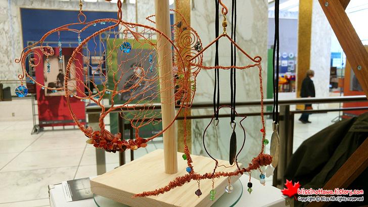 캐나다 핸드메이드 시장 ; 구리로 만든 장식품과 액세서리