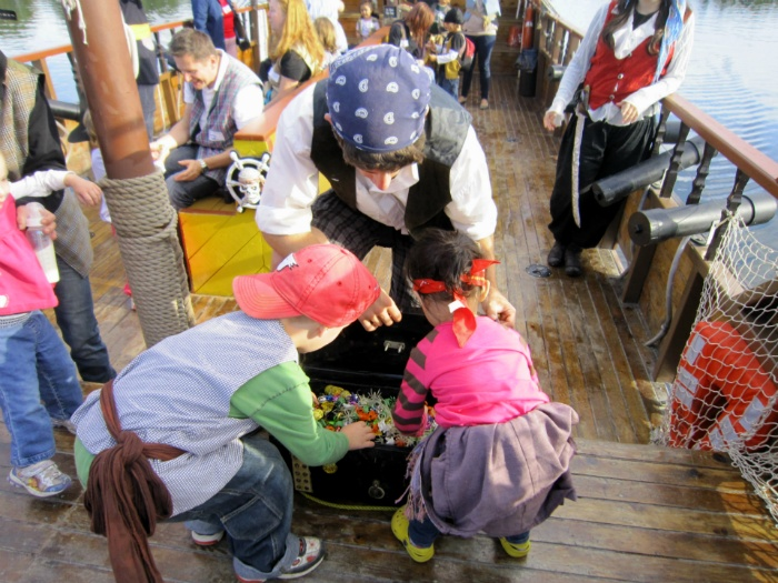 캐나다 오타와 리도 운하 해적선 모험 Rideau Canal Pirate Adventures