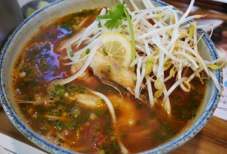 이촌 쌀국수 맛집 토마토해산물쌀국수 해장쌀국수 해장라면 이색쌀국수