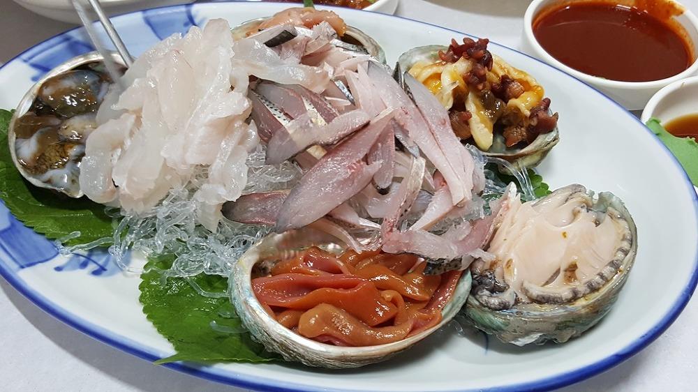 [통영 맛집]해물요리의 명가, 물보라다찌
