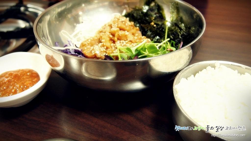[강릉 맛집]현지인들만 안다는 자연산 홍합 섭을 맛볼 수 있는곳 중앙시장맛집 섭과 물망치~
