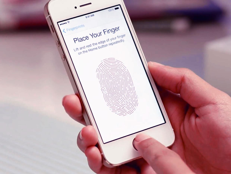 보안과 사용성의 반비례 관계를 깨주고 있는 생채인식을 이용한 스마트폰 보안 방식 - 'Startup's Story Platform'