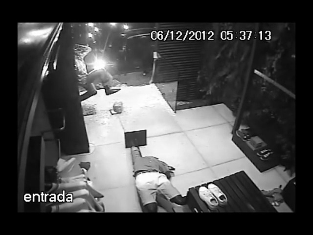 브라질 패션쇼핑몰 '리세르바(Reserva)'의 실제 도난사건의 CCTV영상으로 제작한 40% 세일 광고 바이럴필름 '레몬(Lemon)'편 [한글자막]