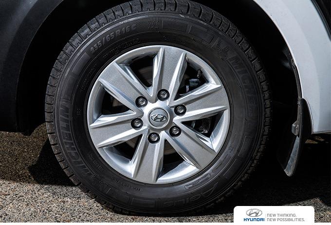 쏠라티 타이어와 휠