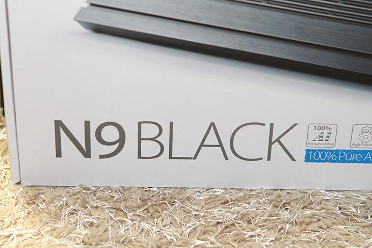 노트북 쿨러 추천, DeepCool N9 BLACK 후기,DeepCool N9 BLACK,DeepCool, N9 BLACK,IT,IT 제품리뷰,후기,사용기,N9,딥쿨,노트북 쿨러 추천 제품 소개로 DeepCool N9 BLACK 후기를 올려봅니다. 노트북 소음이 늘어나는 요인으로 기기 자체에서 일어나는 발열을 무시할 수 없는데요. 여름이 되면서 노트북의 발열이 많이 올라가셨을 겁니다. DeepCool N9 BLACK을 노트북 쿨러 추천 제품으로 소개하는 이유라면 가격적인 측면에서 장점이 있고 재질을 알루미늄을 사용해서 좋으며 소음도 비교적 낮다는 점 입니다. 제가 가진 노트북을 몇 대를 놓고 소음 및 발열 테스트를 해 봤습니다. 확실히 노트북 쿨러의 상판 재질이 알루미늄이라 쿨러를 굳이 동작하지 않더라도 약간 도움은 됩니다. 물론 받침대로서의 역할도 해서 노트북을 데스크탑 처럼 사용시 각도를 높이거나 하는 용도로도 사용할 수 있습니다. 노트북 쿨러 추천 제품인 DeepCool N9 BLACK에 대해서 그럼 좀 더 자세히 알아보겠습니다.
