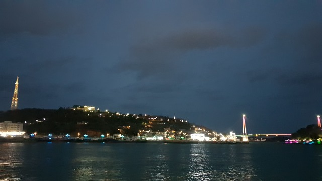 내가 바다를 좋아하는 이유! 여수 밤바다 앞에서