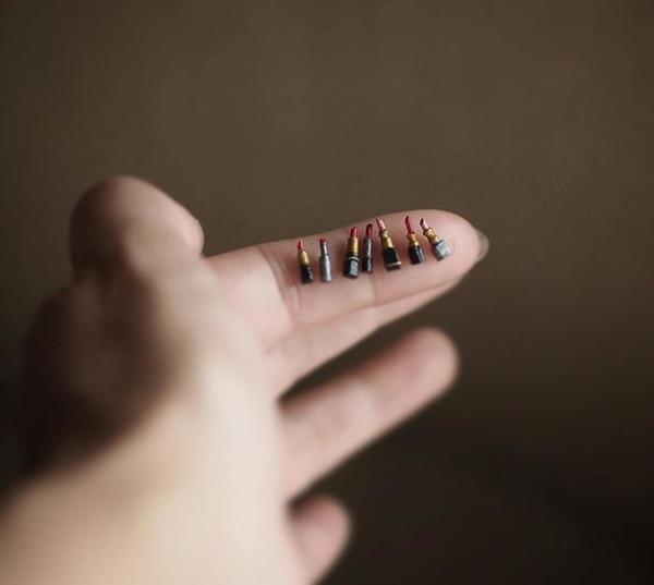 손톱보다 작은 립스틱
